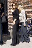 Sandra Bullock Arriving At NBC David Letterman 6/15/06 (x7)