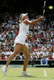 Maria Sharapova - Page 3 Th_89267_Maria_Sharapova_2006_Wimbledon_Championships__Day_Ten_03_24lo