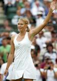 Maria Sharapova - Page 2 Th_91181_Maria_Sharapova_2006_Wimbledon_Championships__Day_Three_18_257lo