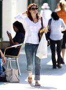Alyson Hannigan Out in Jeans in Santa Monica 09/07/12 (HQ)