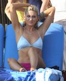 Stephanie Pratt Filiming The Hills on Malibu Beach - Sep 3 Foto 40 (Стефани Прат Filiming холмов, на пляже Малибу - 3 сентября Фото 40)
