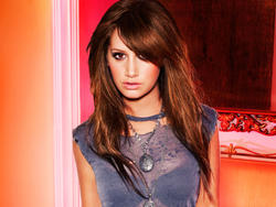 Ashley Tisdale Wallpapers - Mixed size Th_29733_tduid1721_Foum.anhmjn.com_20101130220218005_122_439lo