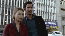 th_751106590_scnet_lucifer1x02_1931_122_