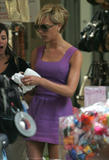 123mike HQ pictures of Victoria Th_05896_Victoria_Beckham_shopping_in_Beverly_Hills_178_123_975lo