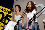 TATU IMAGENES Th_74943__autograph_session_in_fnac_megastore_07__122_996lo